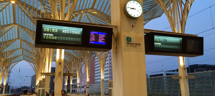 partida-do-trem-plataforma