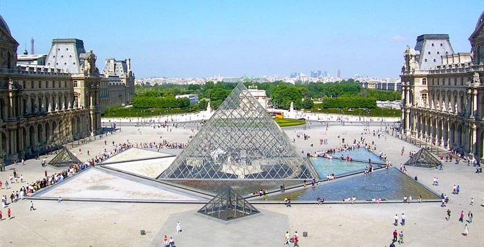 Museu-do-Louvre-Paris