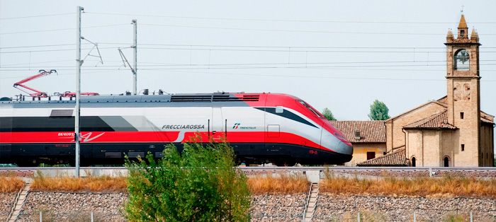 Trem-Frecciarossa-italia
